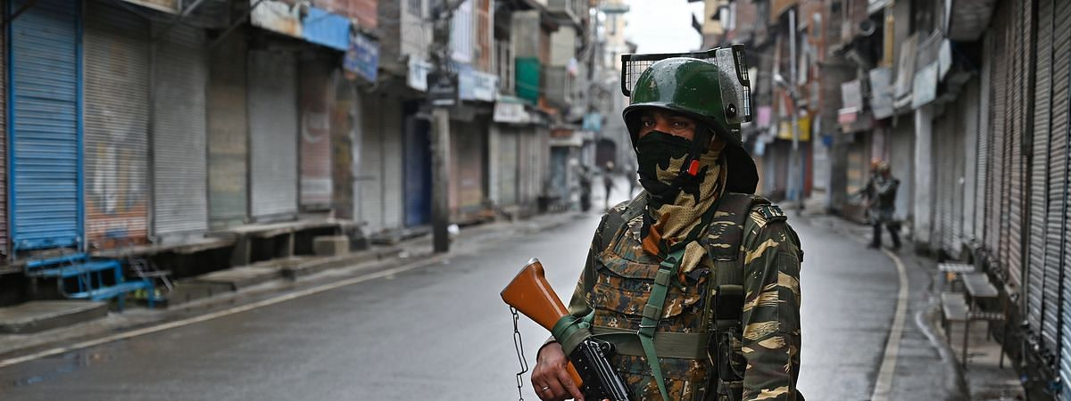 Uneasy situation in Kashmir as strike enters 80th day