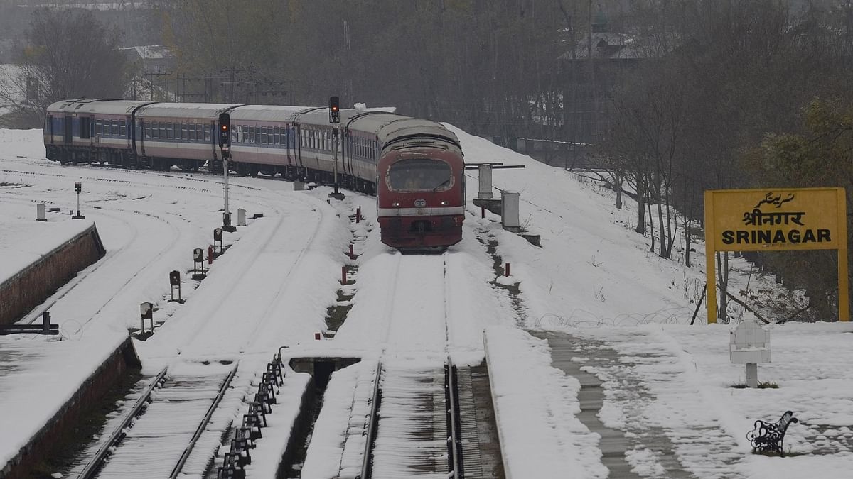 Train service to Kashmir to resume