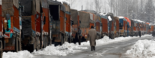 Srinagar-Leh highway remain closed after fresh snowfall
