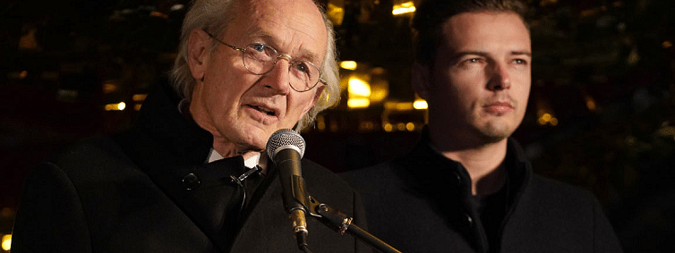 My son may die in prison: Julian Assange's father