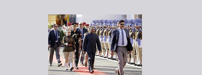 J&K UT's first 'Darbar' offices reopen in Jammu, LG inspects 'guard of honour'