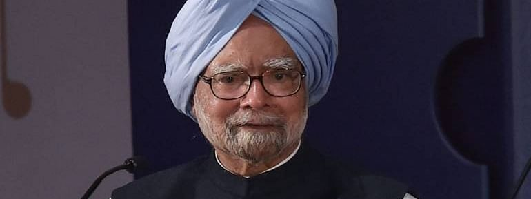 State of the economy is deeply worrying, warns Manmohan Singh