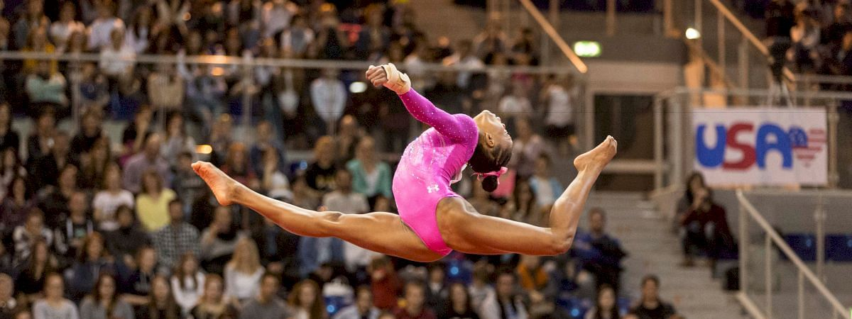 Seven Chinese gymnasts into World Cup final
