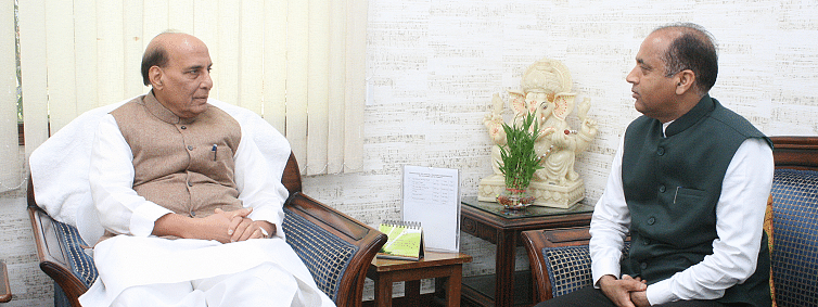 HP CM urges Rajnath to expedite Rohtang tunnel work