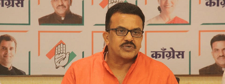 Mah: Cong's Sanjay Nirupam terms Prez rule as 'illegal and unconstitutional'