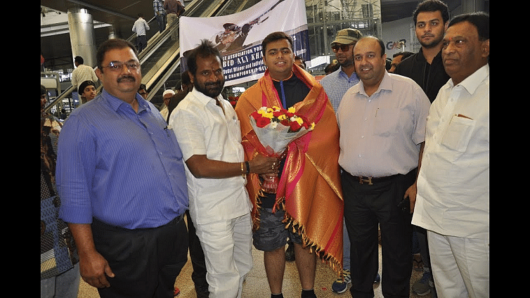 Shooting Star Abid Ali Khan gets a warm welcome on his return to Hyderabad