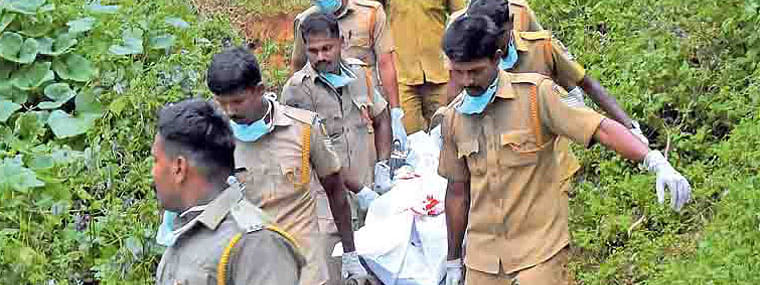 HC stops Government from cremating bodies of Maoists