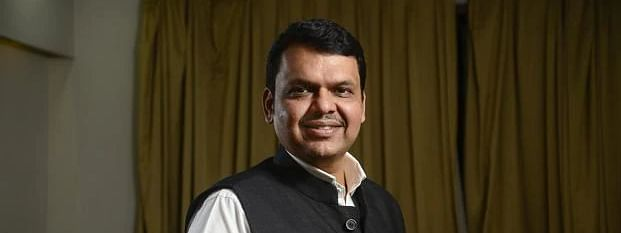Court notice to Fadnavis for non-disclosure about two criminal cases