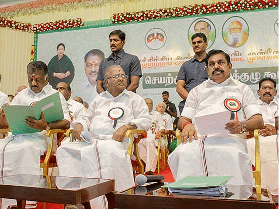 AIADMK changes bylaws to keep Sasikala clan out