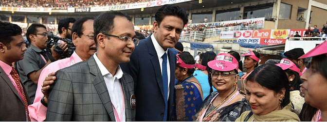 Sourav Ganguly felicitates 20 breast cancer patients