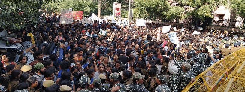 Delhi police files FIRs in JNU students' protest