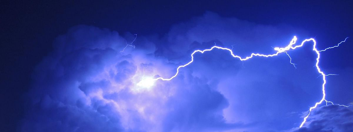 Thunderstorm with lighting likely in AP till Dec 3