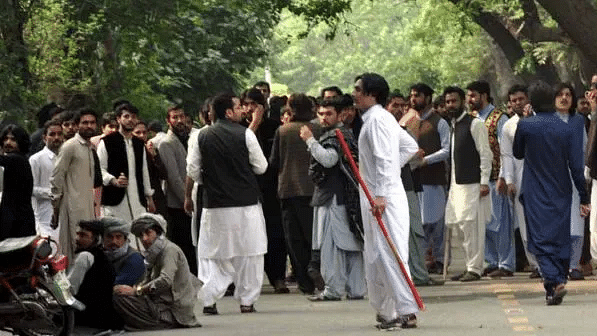One dead, 13 injured in clashes at Pakistan University