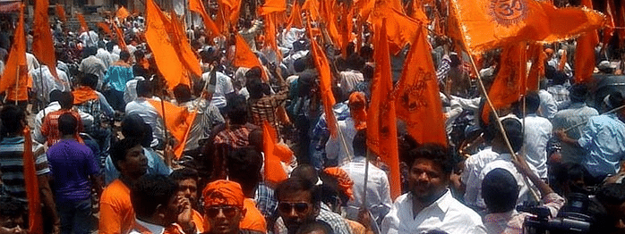 Scuffles between Police and Hindu Jagaran Manch at Sealdah