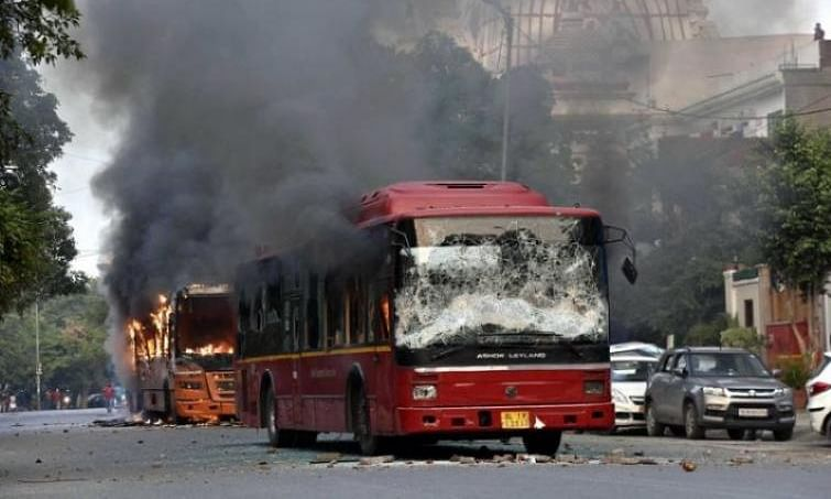 Bandh supporters damage government buses in Munger