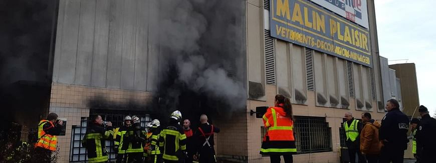 Over 300 evacuated after fire in France supermarket