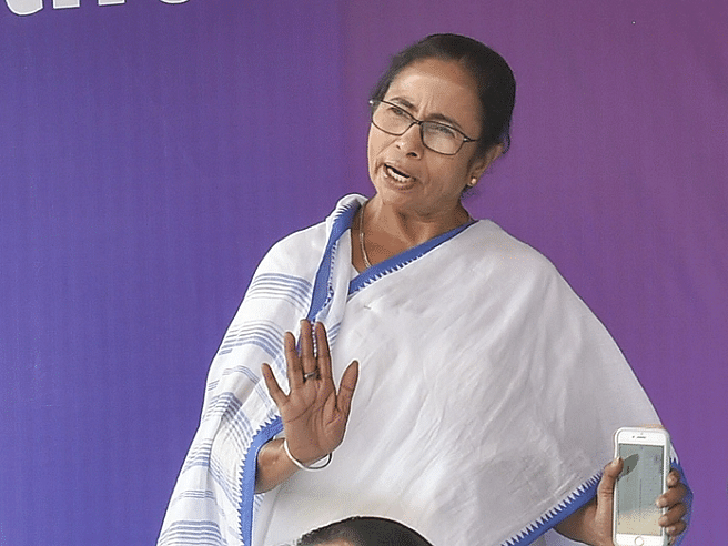 Bengal to set up 'design bank' for silk revival