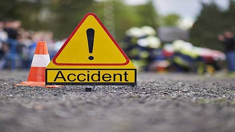 Three tourists killed, 10 hurt in road mishap