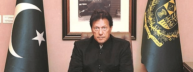 Pakistan PM calls emergency Parliament session after lawyers attack minister