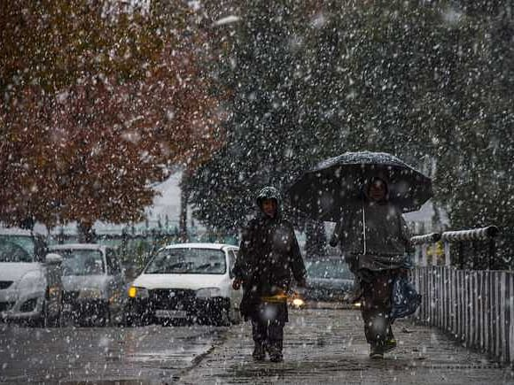 Srinagar records coldest night at minus 3.5