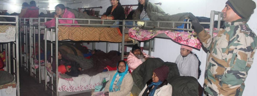 1,500 tourists rescued from Nathu La Pass