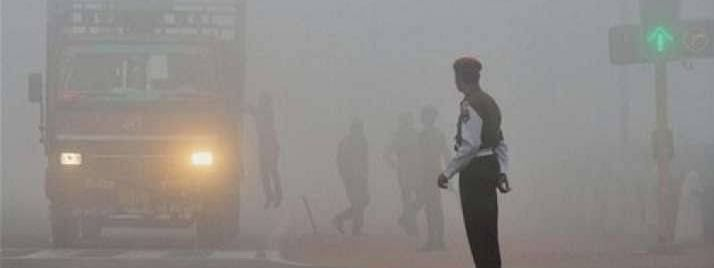 Biting cold in Delhi, air quality severe