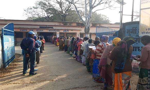 Nearly 60pc voter turnout reported for second phase of polls in Jharkhand