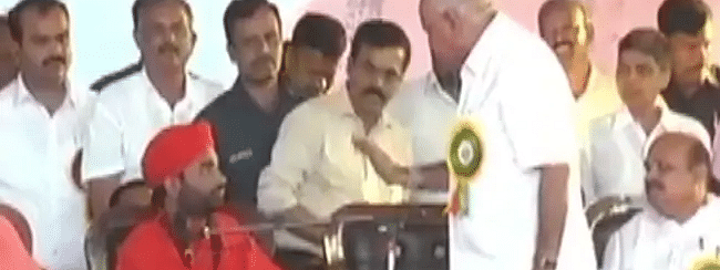 Yediyurappa gets furious at Lingayat Seer for requesting minister birth for BJP MLA