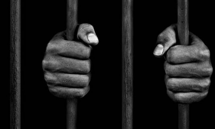 Murder accused among four prisoners escape from jail in Gujarat