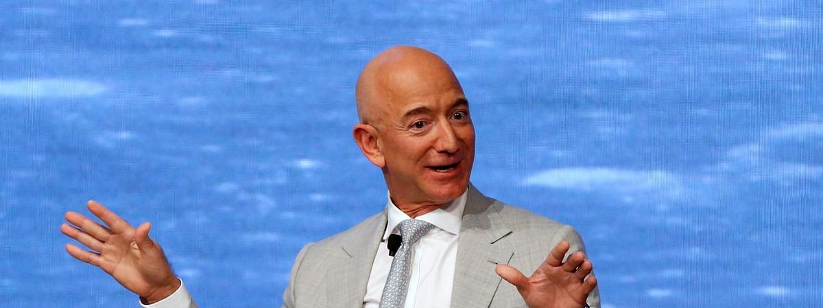Amazon will invest $1 billion to digitise small Indian businesses: Jeff Bezos