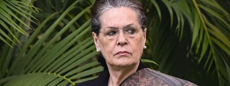 PM, HM diverting attention from grim economic reality: Sonia
