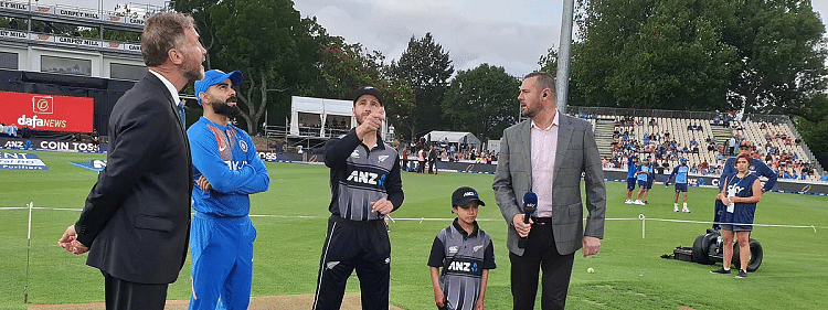 3rd T20I: New Zealand win toss, opt to field against India
