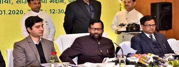 3 cr fake ration cards identified in country: Paswan