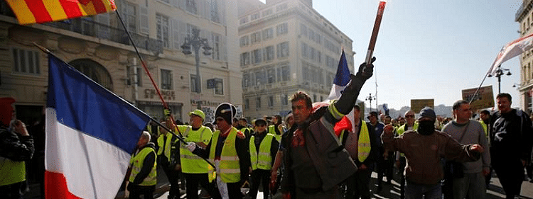 Macron liberated from protesters by Security Forces : Reports