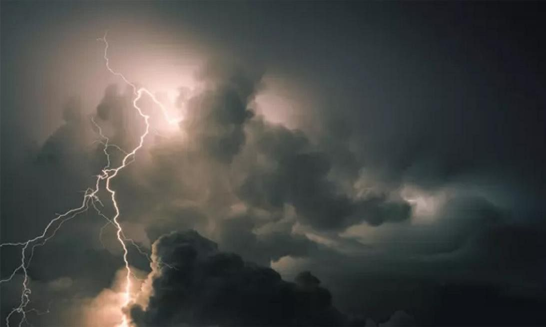 Thunderstorm with lightning likely to occur in Telangana, North Coastal AP: Met
