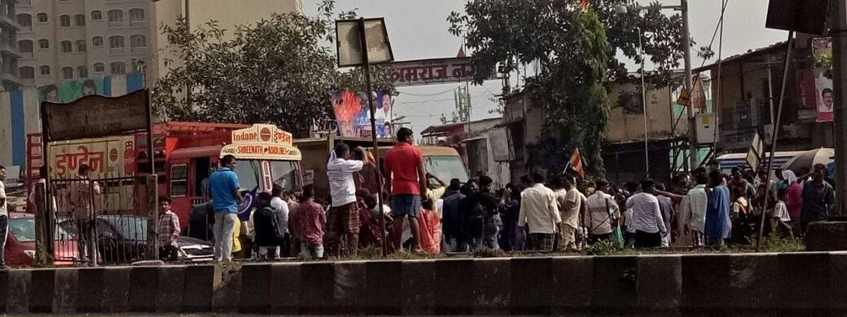 Tension in Nanded after removal of Shivaji hoarding
