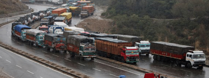 One-way traffic to ply from Srinagar to Jammu on Kashmir highway