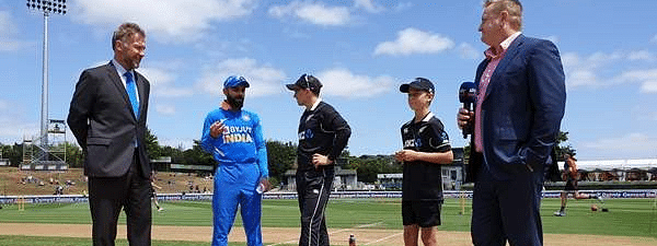 1st ODI: New Zealand win toss, opt to bowl against India