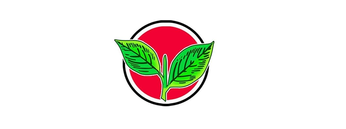 AIADMK completes eventful 3 years, party rejoices
