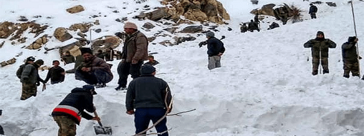 Rescue operation continues in Kashmir