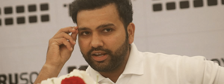 Rohit Sharma sign certificates for blood donors on CAB's Foundation Day