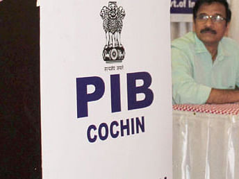 Rashmi Roja takes charge as Joint Director of PIB Cochin