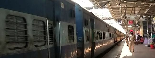 Passenger trains suspended till Mar 31; goods trains exempted