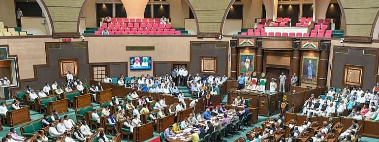 Apex court hears BJP plea for immediate floor test in MP assembly