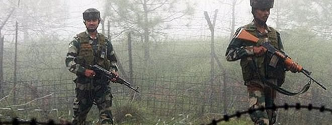 Pakistan breaks truce in Poonch, India retaliates