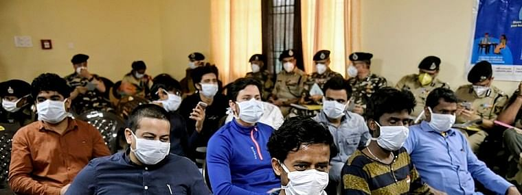Coronavirus positive Delhi man, 46, came in contact with 813 people