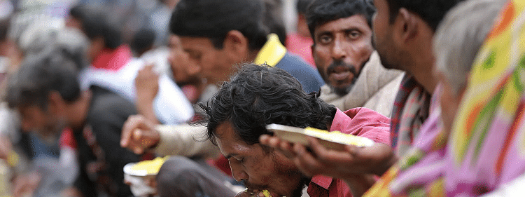 Delhi government takes steps to feed the homeless amidst the lockdown