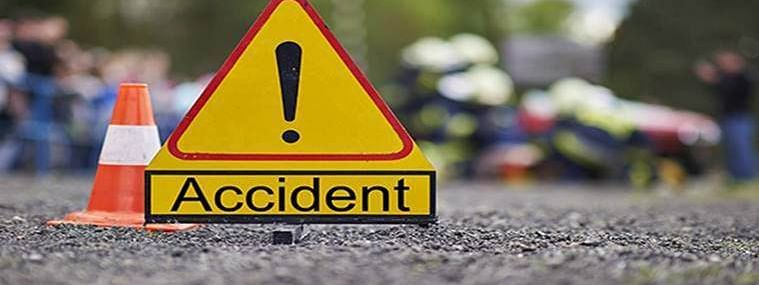 5 killed as car hits divider and falls into river in Jharkhand