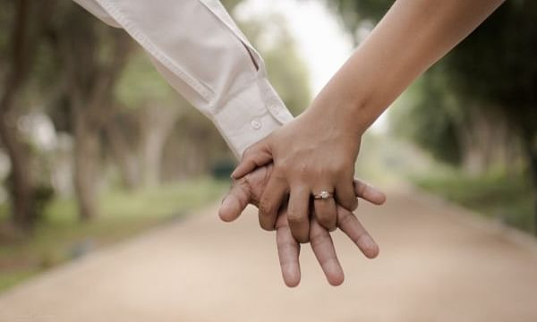 Runaway in-law couple elopes again