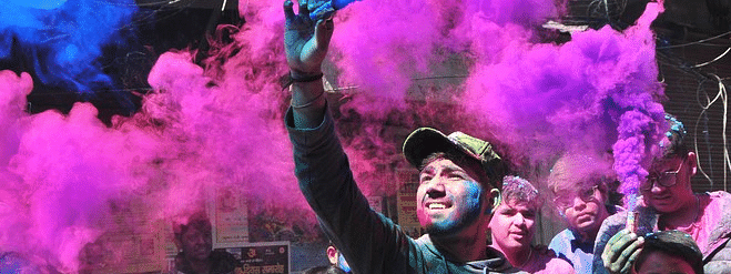 Mixed response to Holi in Hamirpur